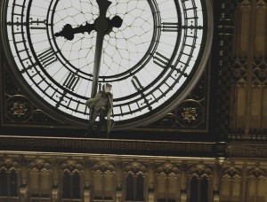 08Feb/jumper/bigben1