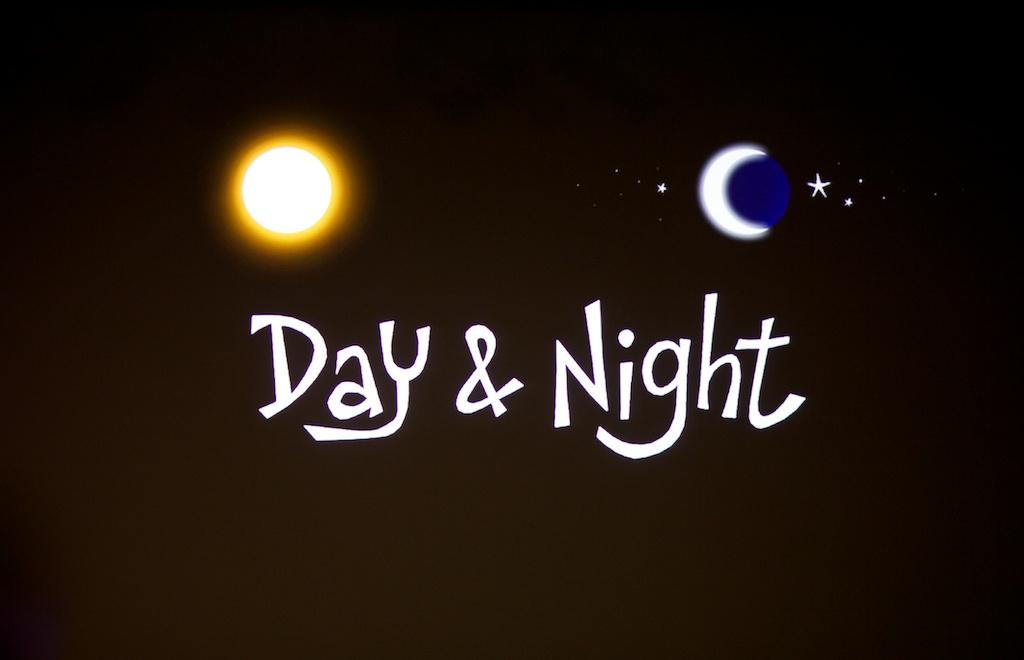 day night 🍞☕️🍷 白金にある小さいサンドイッチショップ。美味しいコーヒーとビオワインもどうぞ! have a good day&night.