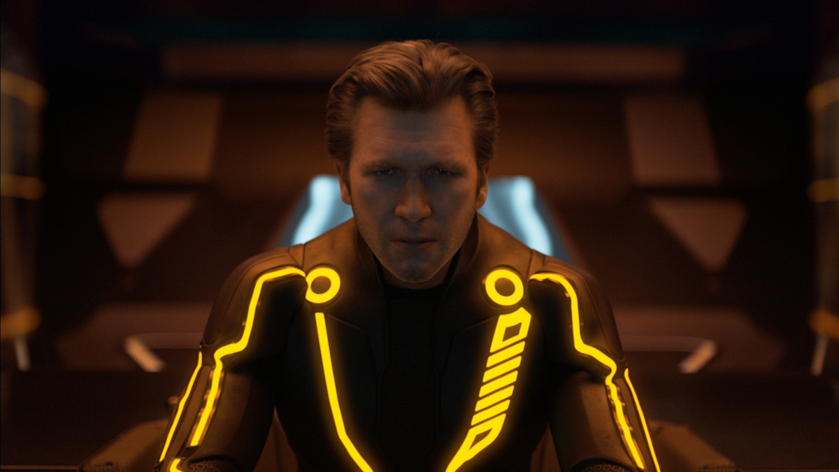 TRON: Legacy, Face off