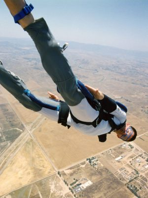 DD's Erik Nash in one of his own skydives. The VFX supe has performed more than 1300 jumps.