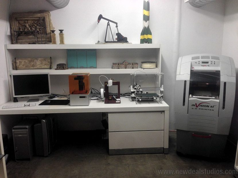 Some of the 3D printers used at New Deal.
