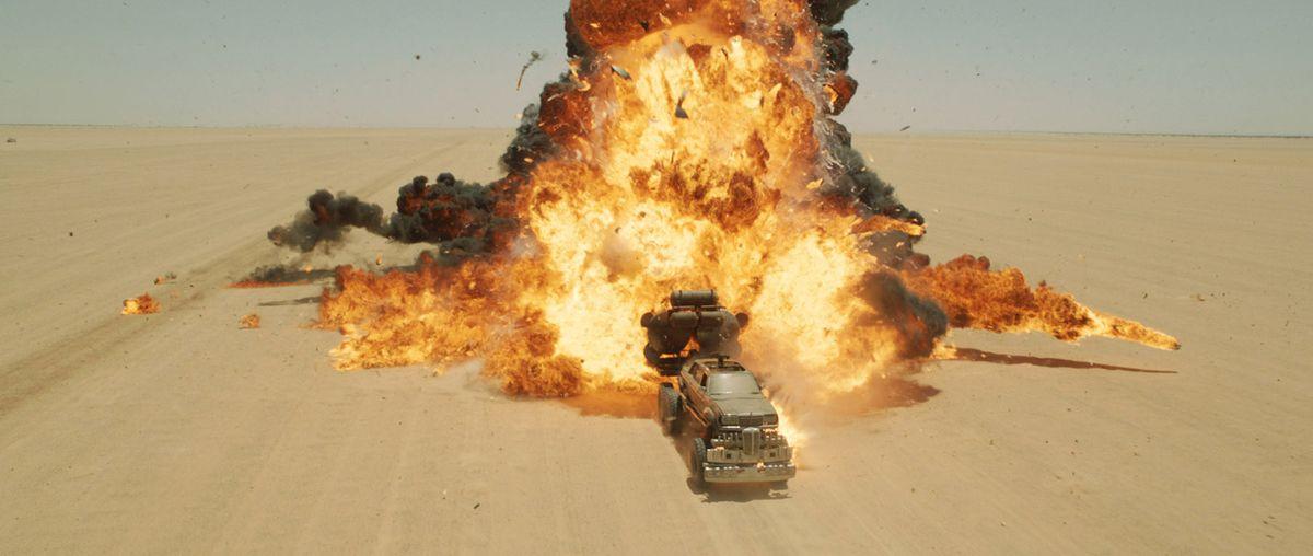 «Безумный Макс: Дорога ярости» со спецэффектами и без - Изображение 16