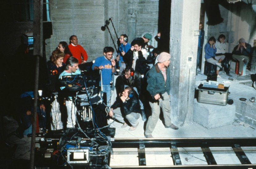 Eric Brevig, Paul Verhoeven, and Dreamquest vfx crew shoot a motion control shot of 'Hologram Quaid' sequence. Photo by David James. Image courtesy Eric Brevig.