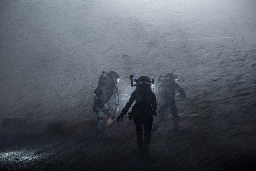 Astronauts on Mars face a devastating storm.