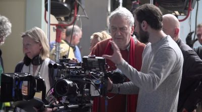 Director Stephen Frears on set
